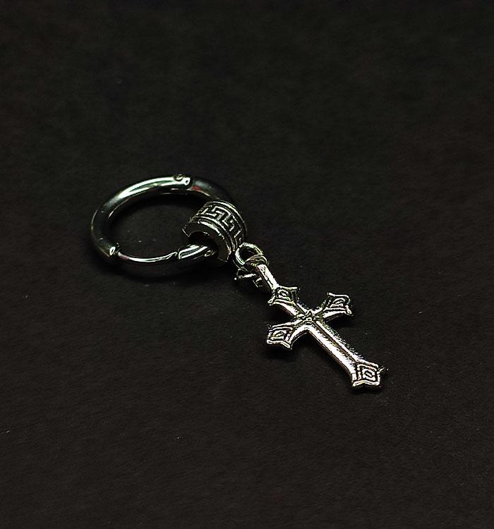 پیرسینگ صلیب